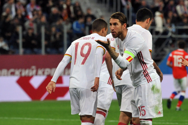 Spain held in thriller against World Cup hosts Russia