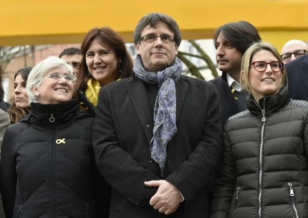 Spanish government apparently willing to accept Puigdemont as 'symbolic' president