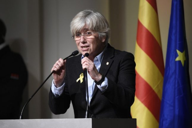 Wanted ex-Catalan minister set to surrender to Scottish police