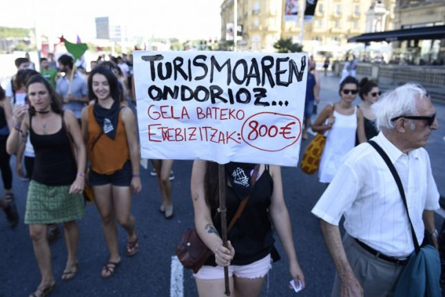 South European cities and stakeholders join forces against mass tourism
