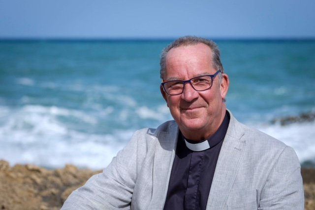 Swedish vicar to make history with first gay church marriage in Spain