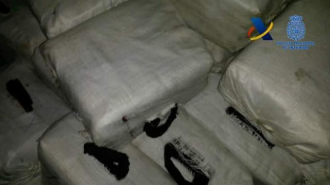 Spanish police seize 1.8 tonnes of cocaine on British yacht off Canary Islands