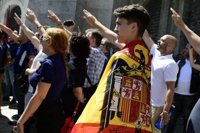 At Franco's tomb, protesters rally against moving his body