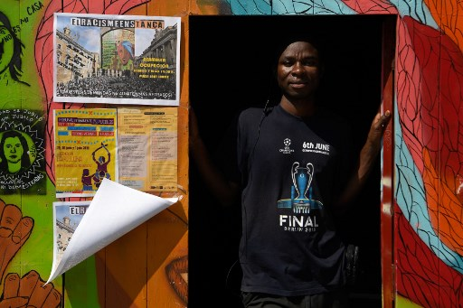 For migrants in Spain, survival means squats and odd jobs