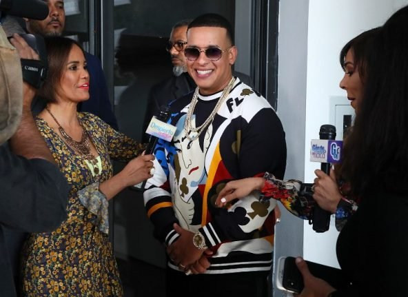 Daddy Yankee impersonator steals bling from star's Valencia hotel room