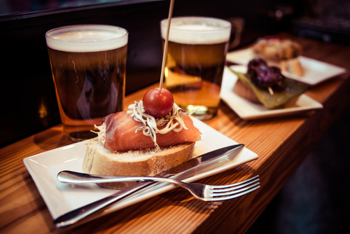 Top ten Madrid bars serving free tapas, one for each barrio