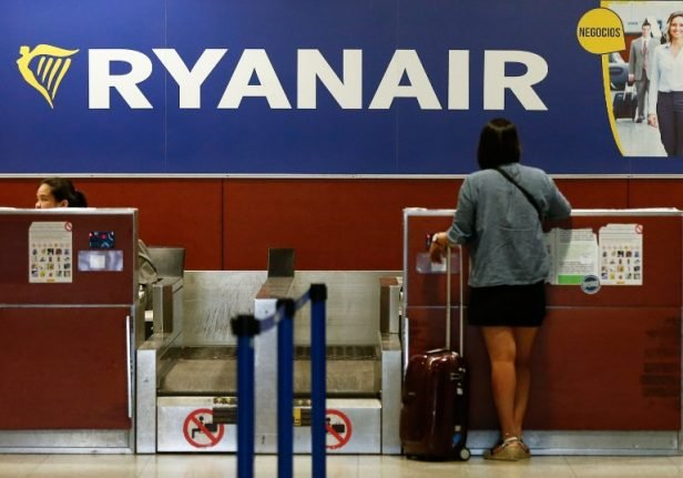Spain confronts Ryanair over 'illegal' hand luggage charges