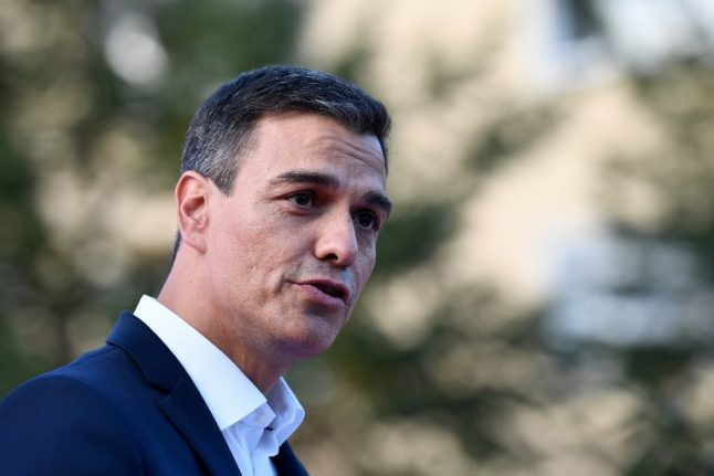 Problems pile up for new Spanish PM