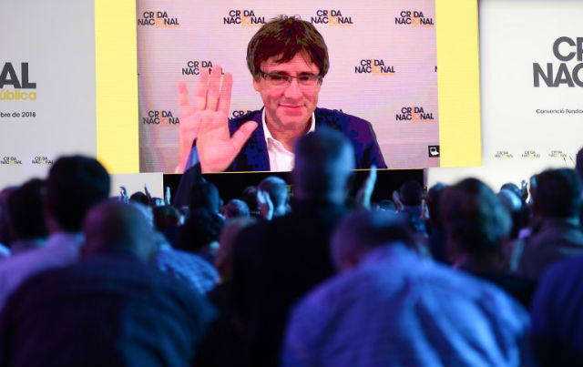 Catalan former leader forms new party a year after independence bid