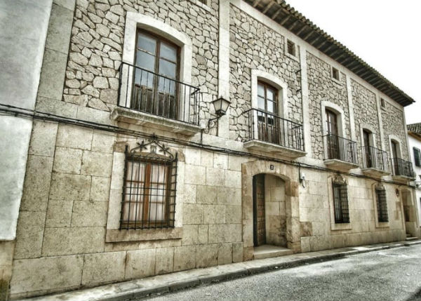 Property of the week: A grand old Cuenca town house in need of TLC