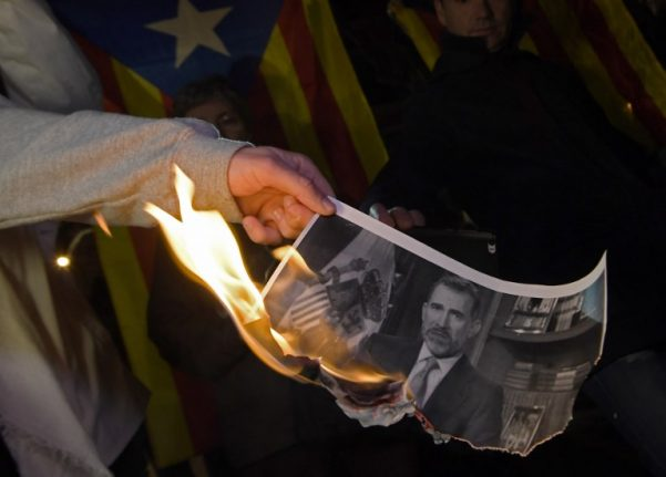Madrid to take legal action over Catalan parliament vote against the monarchy
