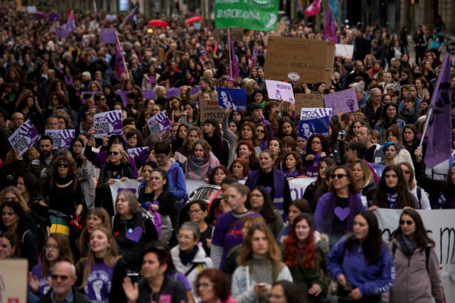 Thousand protest against sexual violence in Spain