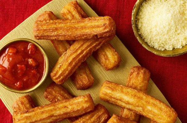 'Wars have been started over less': Spain reacts brilliantly to UK supermarket's cheesy churros