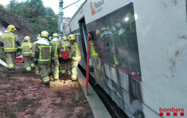 One dead after landside derails train in Catalonia