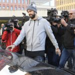 Gerard Piqué fined €48,000 for driving without a valid licence