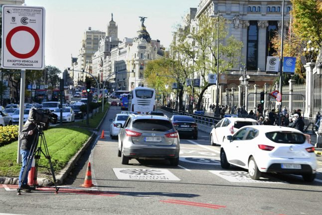 Madrid launches drastic traffic limits to ease pollution