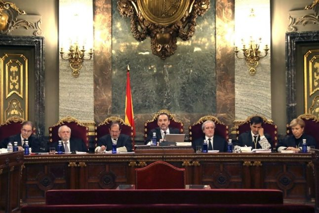 Top Spanish court holds first hearing for Catalan separatists