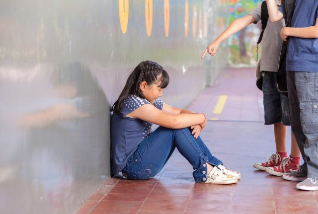 Madrid to suspend pupils who don't report bullying at school