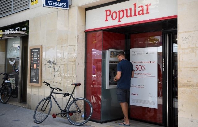 Tell us: Which bank offers the best account for foreigners in Spain?