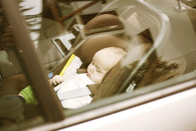 Spanish police rescue babies left in parked car during heatwave while parents went shopping