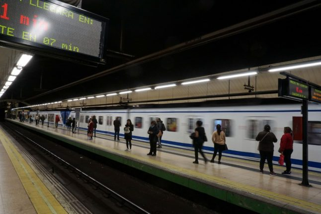 Madrid man kicked in the back in front of speeding metro train survives attack