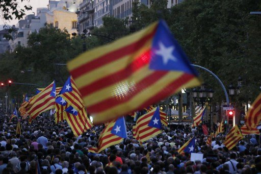 Separatists urge 'civil disobedience' if Catalan leaders convicted