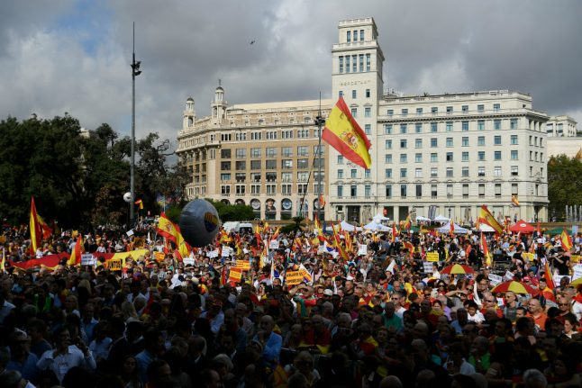 Thousands march in Barcelona against Catalan independence