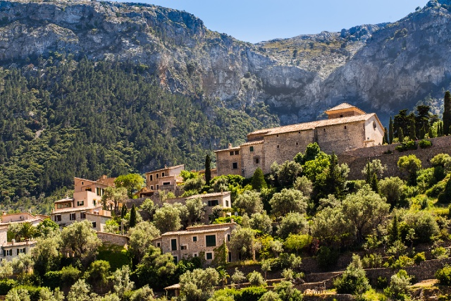 Do you feel safe living in the Spanish countryside?