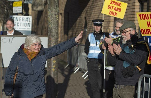 Exiled Catalan minister Clara Ponsati hands herself in to police in Scotland