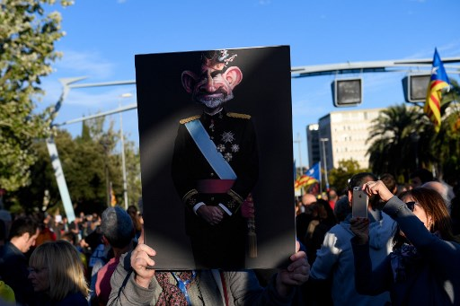 WATCH: Catalan separatists stage protests as King of Spain visits Barcelona