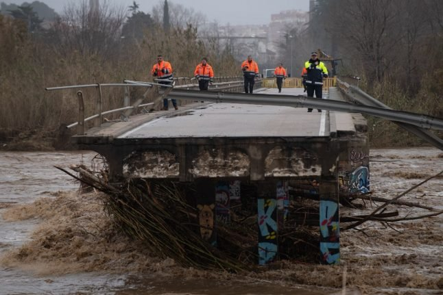 Storm Gloria: 12 dead and four missing as Spain counts the cost of devastation