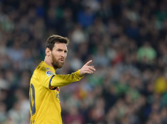 Messi sees 'strange' things at Barcelona after social media row