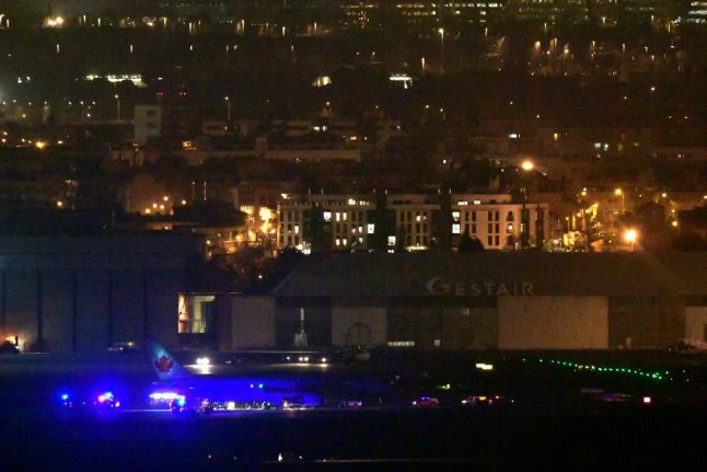 Air Canada flight lands safely at Madrid's Barajas airport after emergency landing