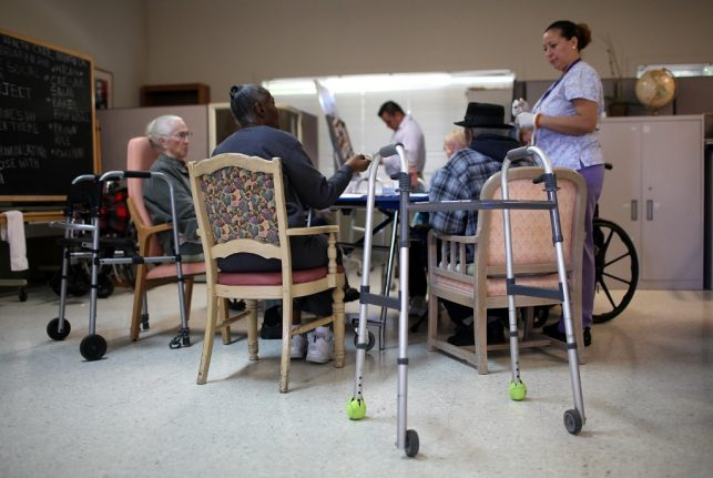 Coronavirus: Madrid draws up plans to close day centres for elderly