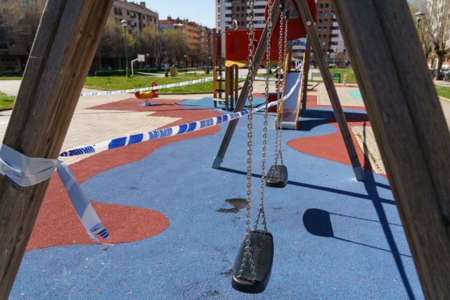 UPDATE: Spain changes rules on children going outside during lockdown