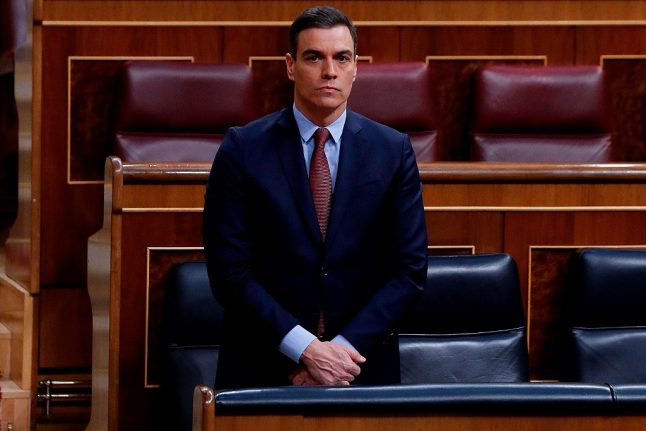 Spanish PM fights to secure approval to extend lockdown measures