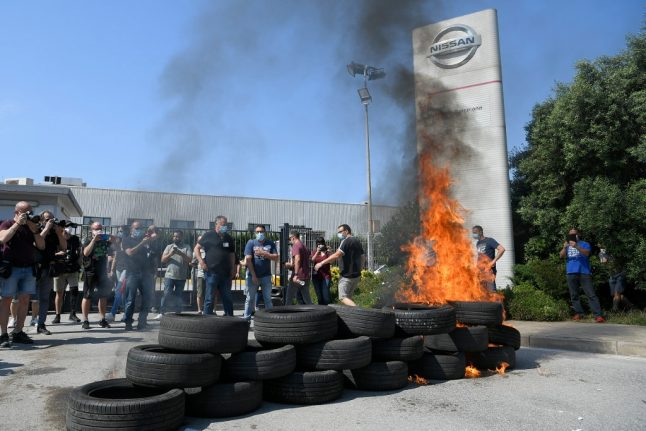 Protests as Nissan announce Barcelona factory closure with loss of 3,000 jobs