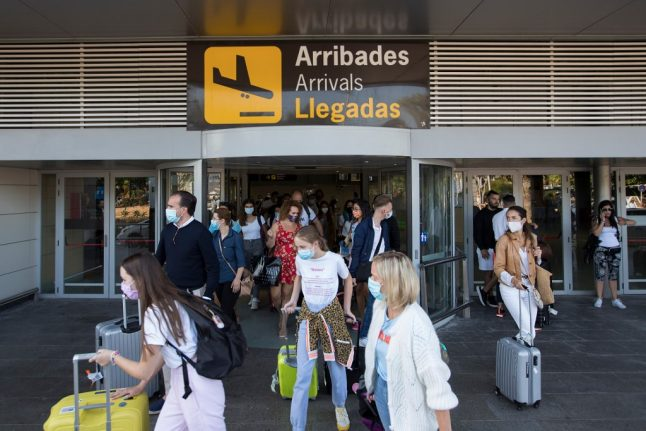 Health measures at Spanish airports: What to expect when you fly to Spain