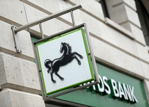 Brits in EU risk losing UK bank accounts 'within weeks'