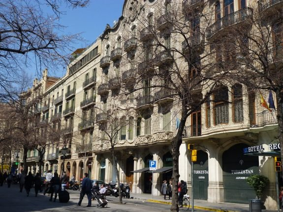 This Barcelona barrio has been named the 'world's coolest' in 2020