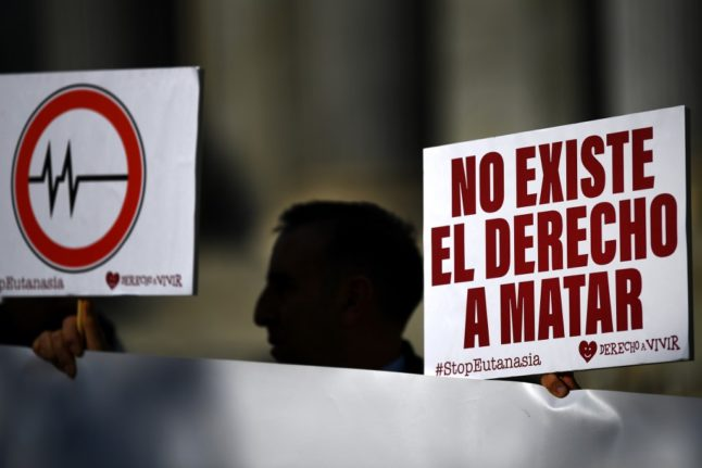 Spanish parliament approves bill to legalise euthanasia