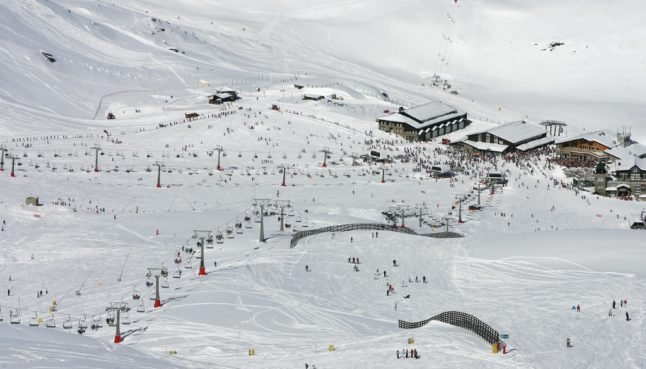 LATEST: Spain announces opening of ski resorts