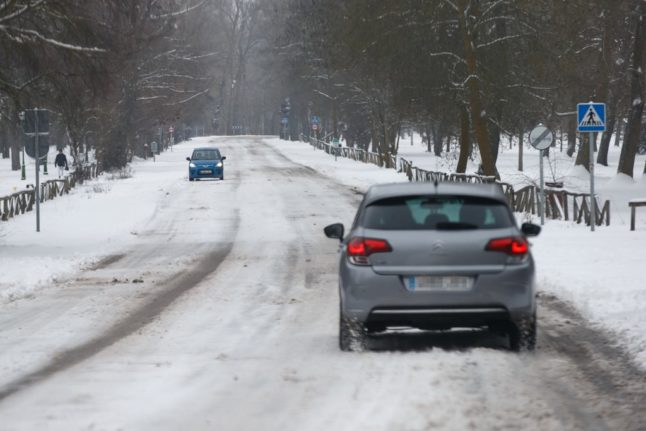 Winter is here: Spain braced for icy blast and snowfall over puente