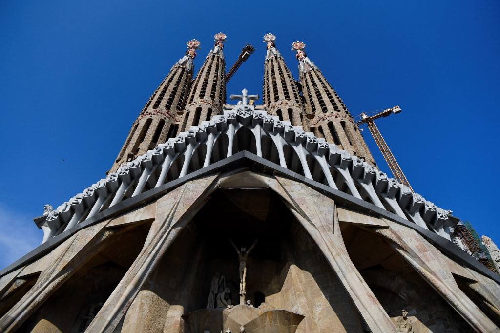 How Spain's tourist landmarks could become Covid vaccination centres