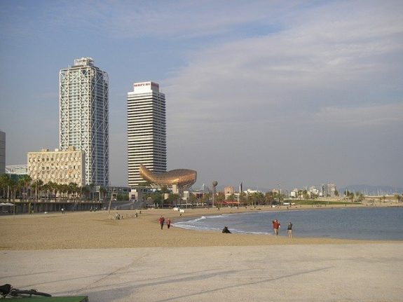 Maps: Which beaches in Spain have banned smoking?