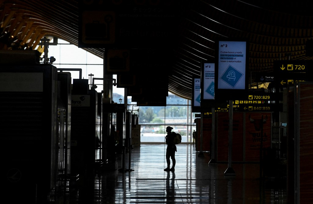 Spain's AENA, world's biggest airport operator, flies into the red