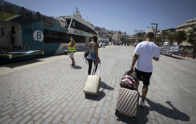 Spain eyes bilateral tourism agreements with third countries if no EU-wide deal on travel