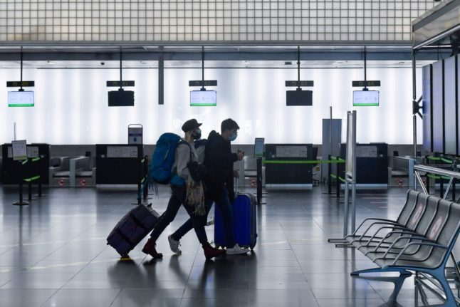 Spain extends travel ban for arrivals from Brazil and South Africa