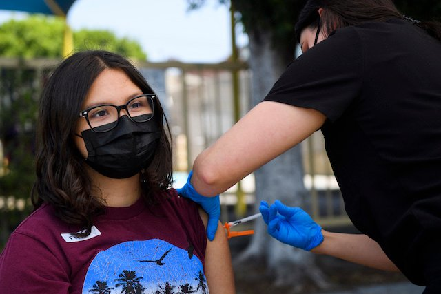 Spain to vaccinate children aged 12 to 17 before September