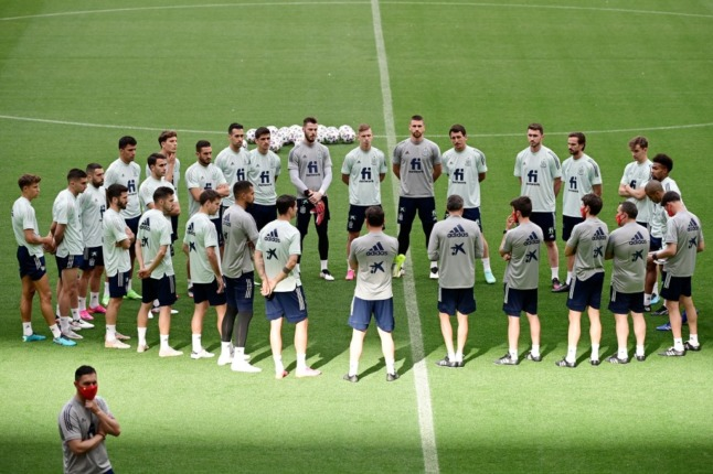 Spain to vaccinate Euro 2020 team after two players test positive for Covid-19